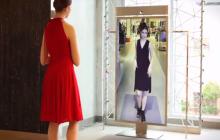 Marketing interactivo sólo para mujeres a través de un espejo inteligente