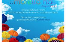 Colorida activación llena de paraguas en Antara Polanco