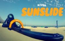 Con un tobogán, Nivea protege a los niños contra el sol