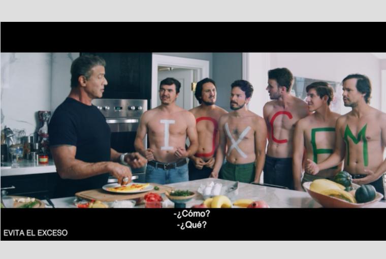 """""""Rusia nos hará héroes."""" Stallone, Dolph Lundgren y Tecatito en la nueva campaña de Nómades para Cerveza Tecate"""